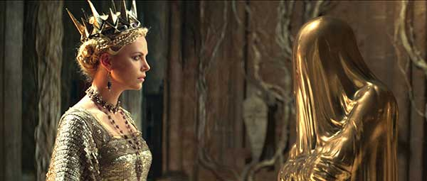 Image from Snow White and the Huntsman (Universal)