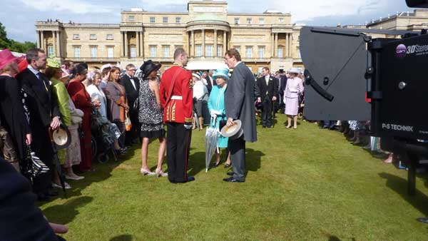 The Queen speaking with guests in front of Can Communicate's Stereo3D rig.